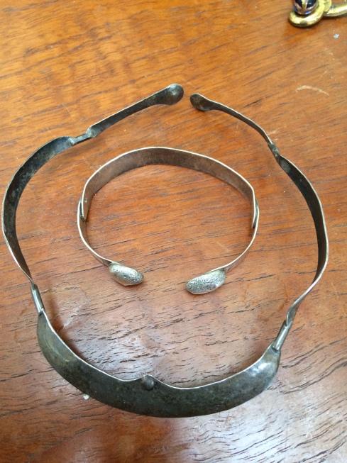 torque-and-bracelet-rachel